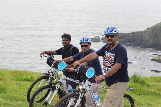 Hill Biking - Tour