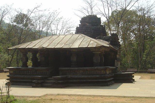 Dudhsagar Waterfall & Mahadev Temple - Tour