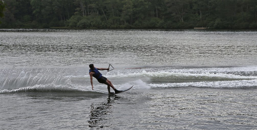 Water Skiing for Beginners - Tour