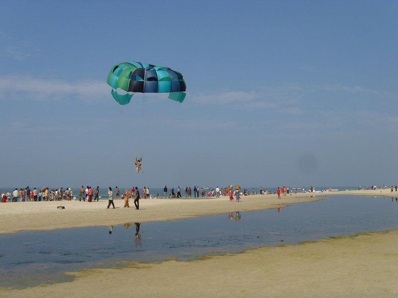 Parasailing at Mobor Beach - Tour