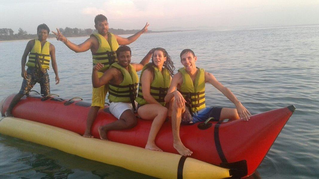 Banana Boat Ride - Tour