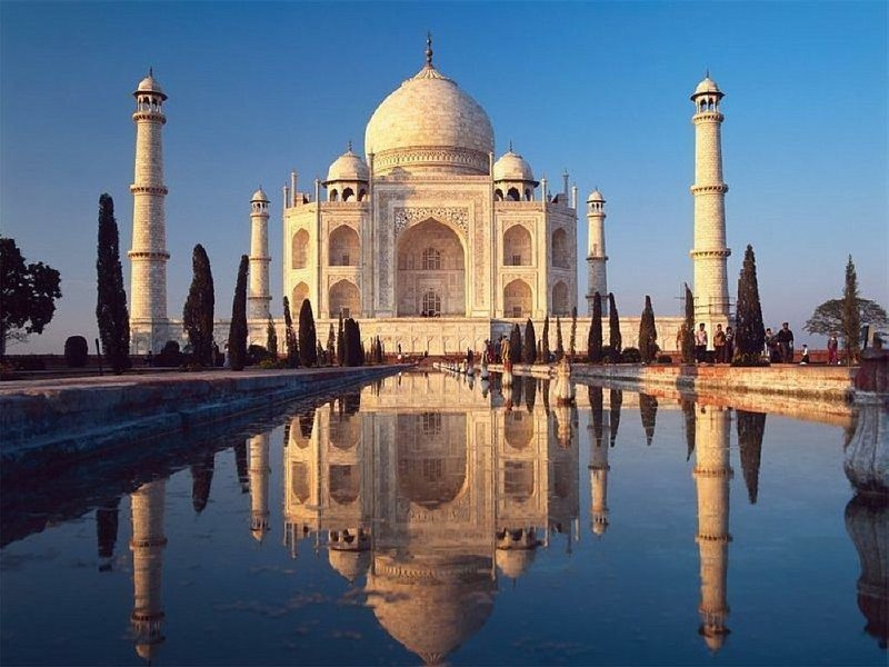 Same Day Taj Mahal Tour of Agra with Return Flight Tickets - Tour