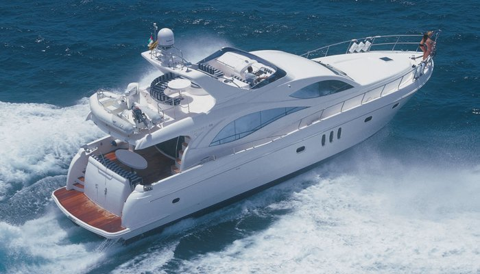 Majestic 66 FT Yacht - Tour