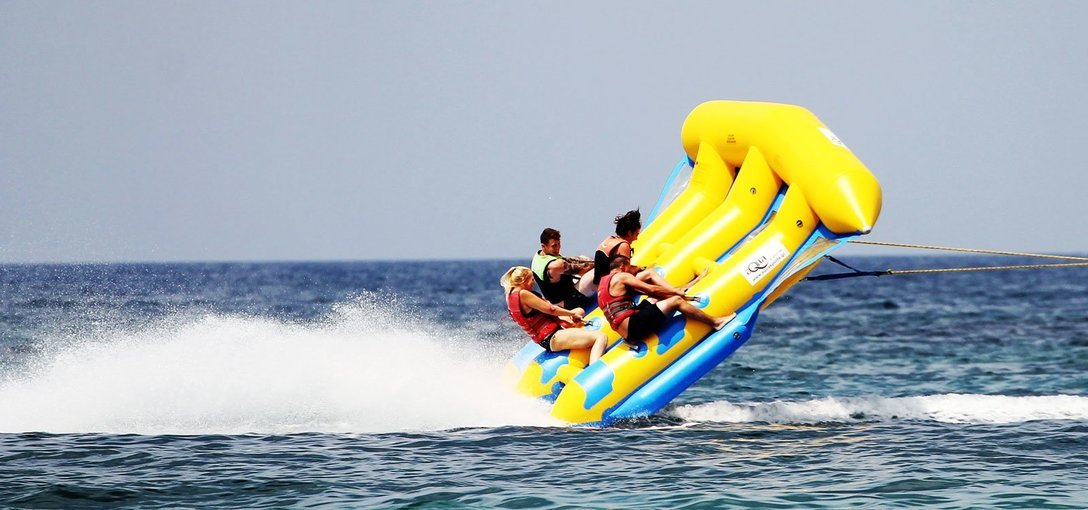 Water Sports Activities at Candolim Beach - Tour