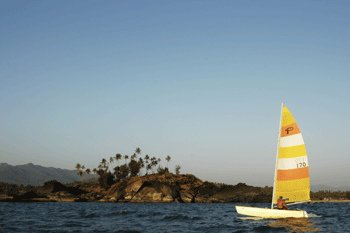 Catamaran Sailing in Goa - Tour