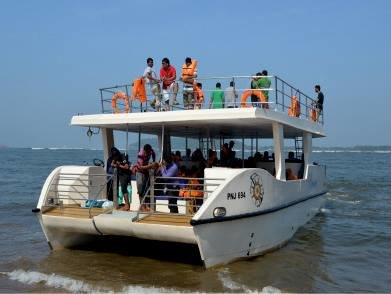 Catamaran Adventure Cruise - Tour