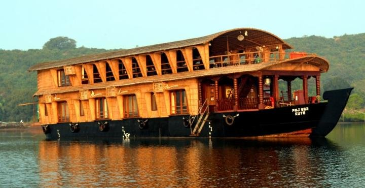 Over Night House Boat in Mandovi River - Tour