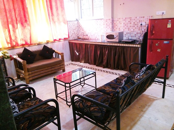 1 BHK WITH 1 AC, WITH POOL AKASH APT. IN CALANGUTE - Tour