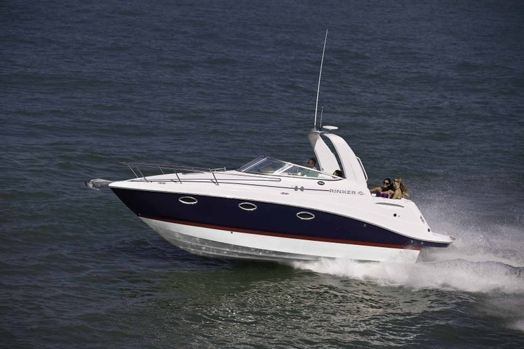 RINKER - LUXURY PRIVATE MOTOR YACHT - Tour