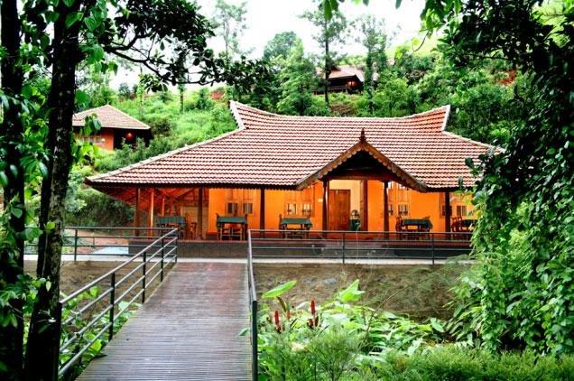 Lakkidi Resorts - Wayanad - Tour