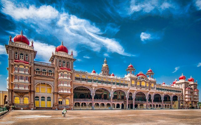 Bangalore - Mysore - Wayanad - Ooty - Kodaikanal - Tour