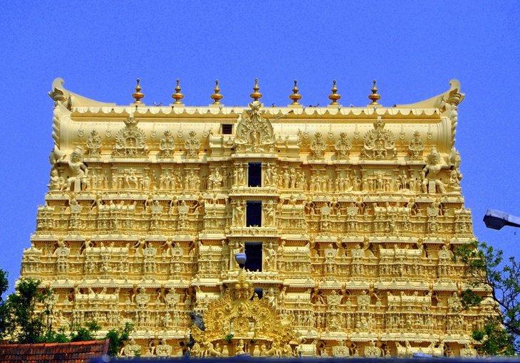 Kovalam- Varkala - Alleppey - Kumarakom - Thekkady - Munnar - Cochin - Tour