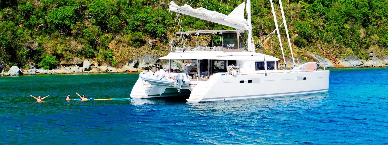 Adventure Party Boat in Goa: Beach Umbrella - Tour