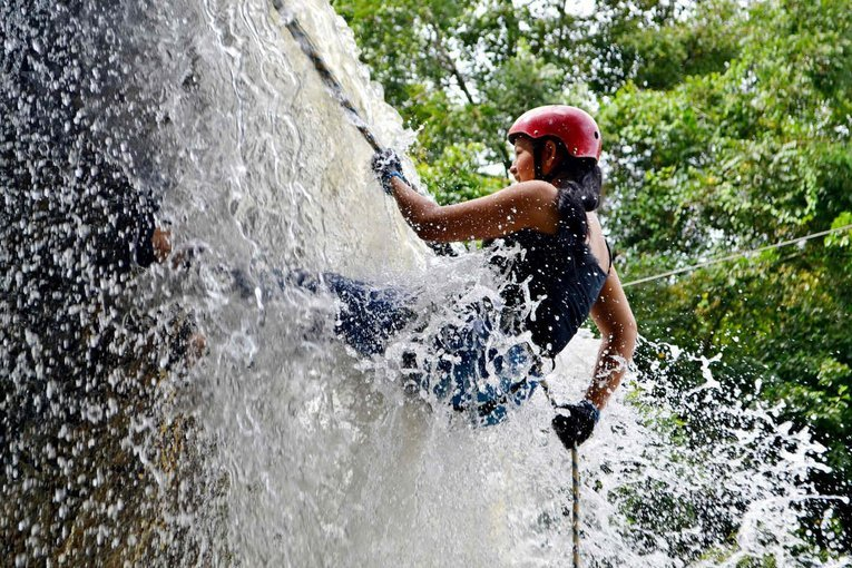 VRangers Diksal Waterfall Rappelling At Bhivpuri - Tour
