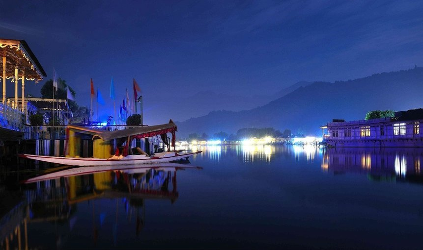 Kashmir 'The Paradise' - Tour