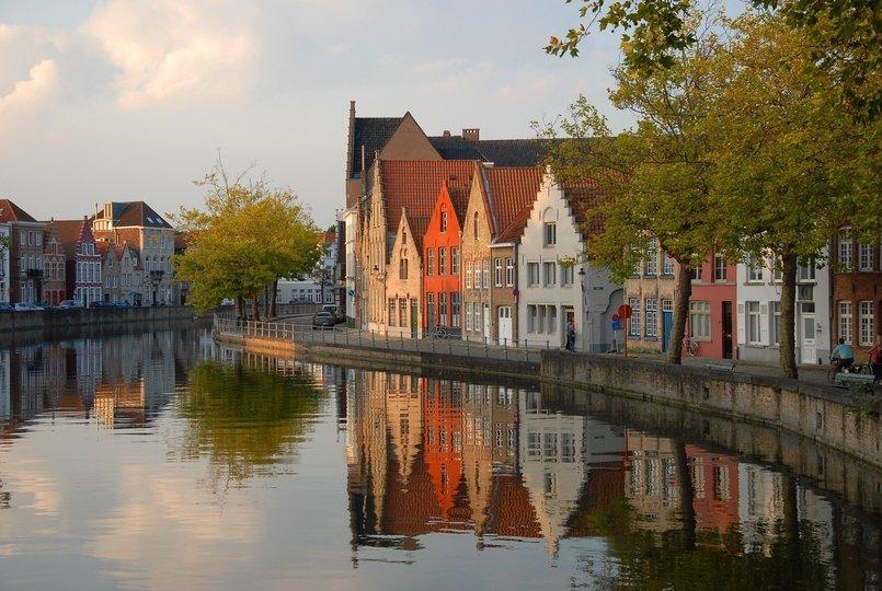 AMSTERDAM-BRUSSELS-PARIS - Tour