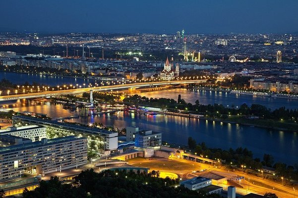 PRAGUE VIENNA BUDAPEST - Tour