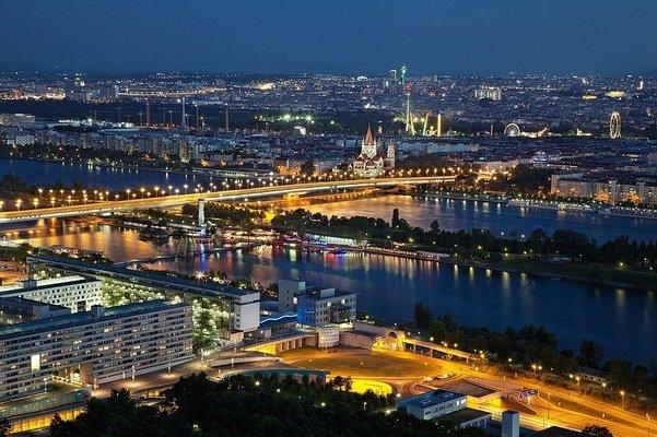 White Christmas -PRAGUE VIENNA BUDAPEST - Tour