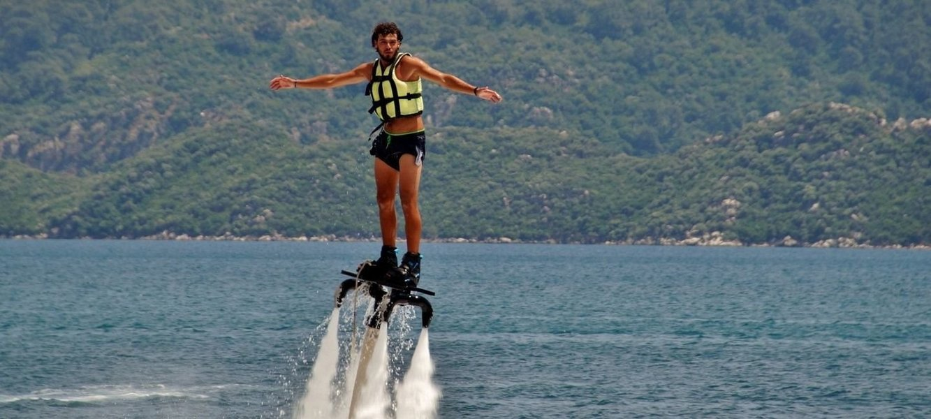 Fly Boarding & Jet Pack riding - Tour