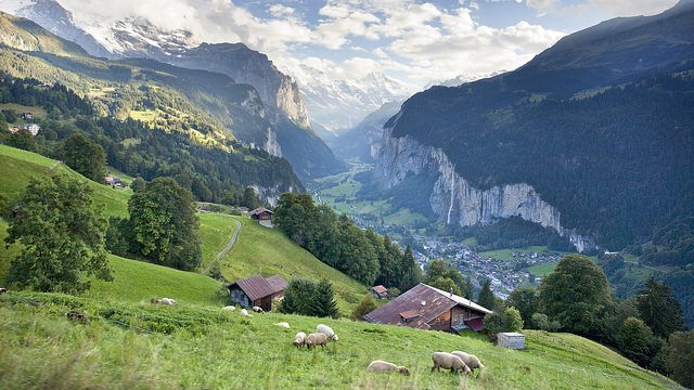 Queen of Hills Switzerland Holiday Package - Tour
