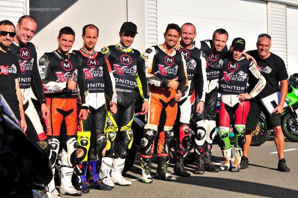 Bruno y su equipo de profesionales - Collection