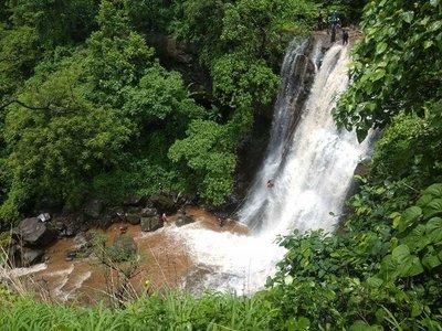 VRangers Bhekre Waterfall Rappelling at Bhivpuri