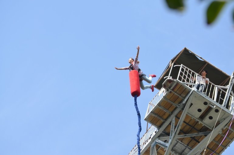 Bungee Jumping + Flying Fox - Tour