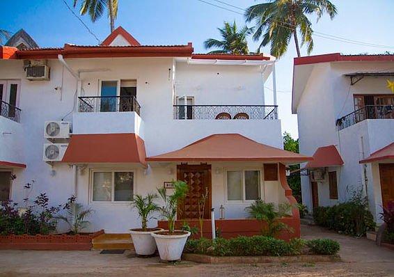 3 bedroom beach side villas Candolim - Tour