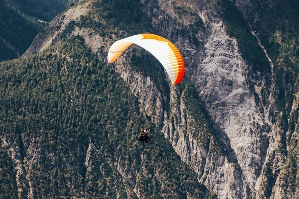 Paragliding in Solang Valley (Short Fly) Call now 8923779944 - Tour