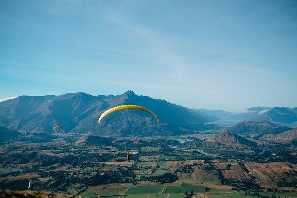 Paragliding in Solang Valley (Long Fly) Call now 9897263339 - Tour
