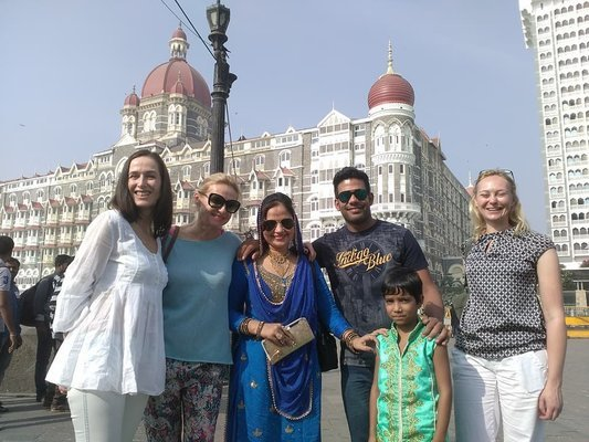 Classical British Bombay Budget - Tour