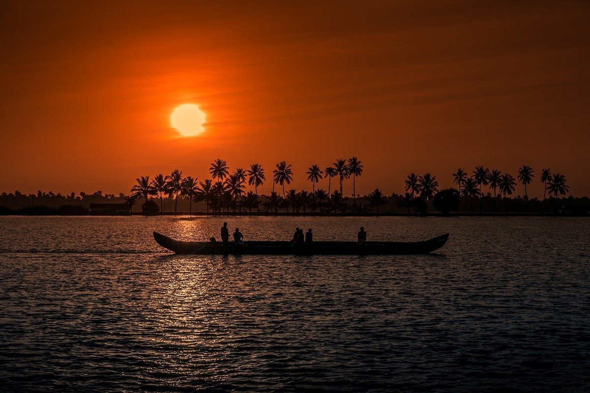 Kerala Honeymoon Packages from Bangalore - Collection