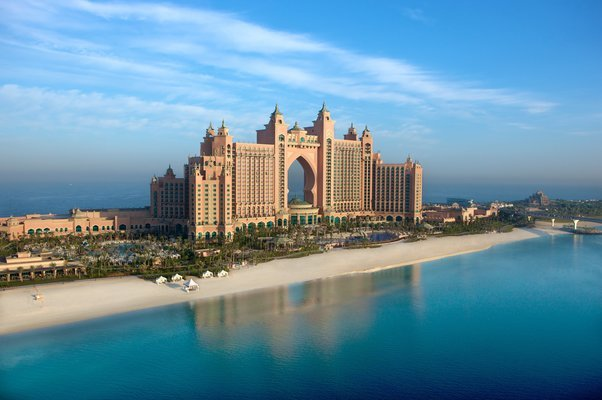 Dazzling Dubai Trio - Tour