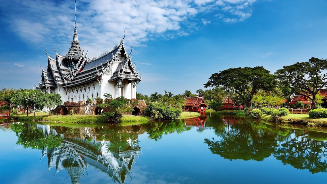Thai River Cruise And Temple Discovery - Tour