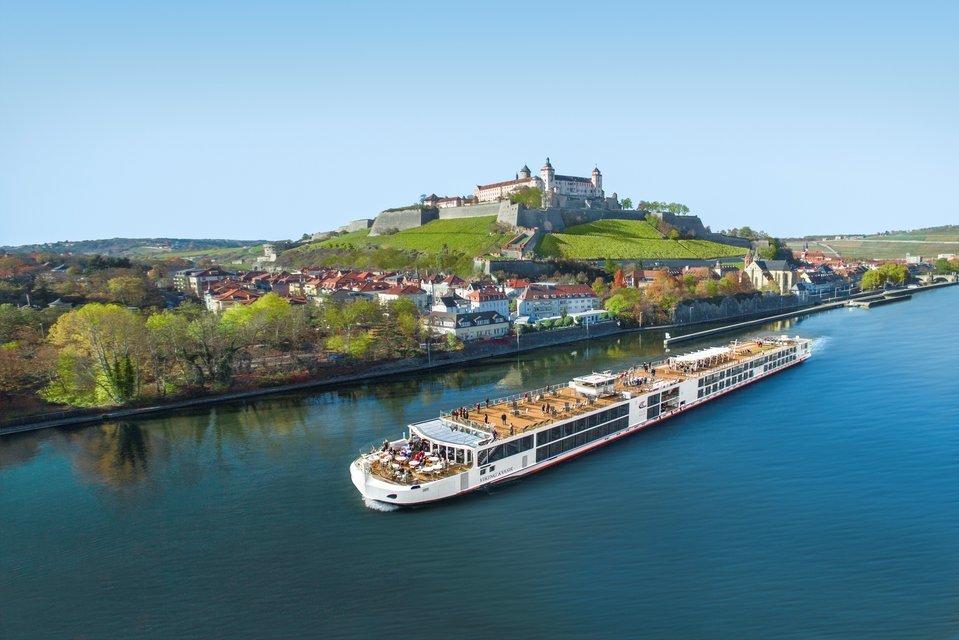 Wildlife, River Cruises And Pristine Seas - Tour