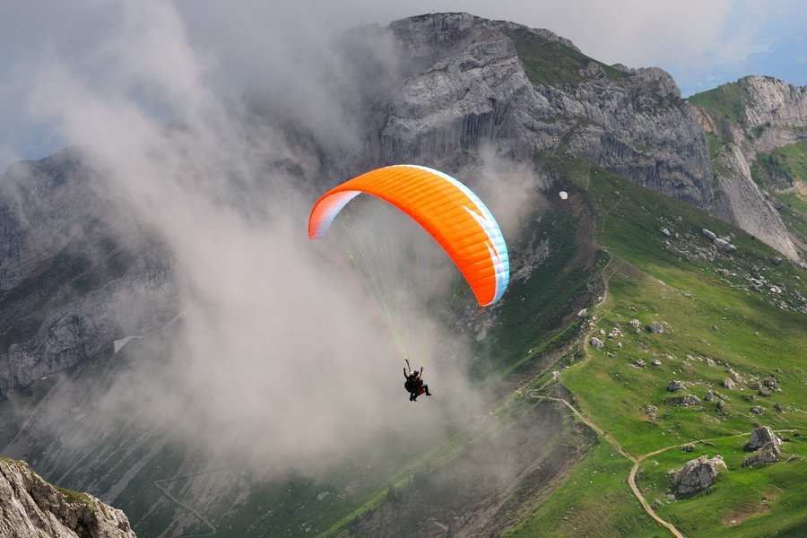 CA - Paragliding @ Corbett - Tour