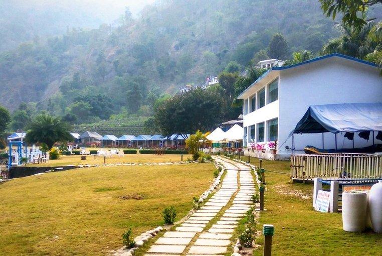 VNA Resort & Camp - Tour