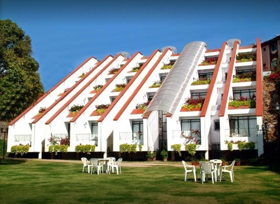 Hotel Mango Valley View @ Rs 14800/- Per Couple - Tour