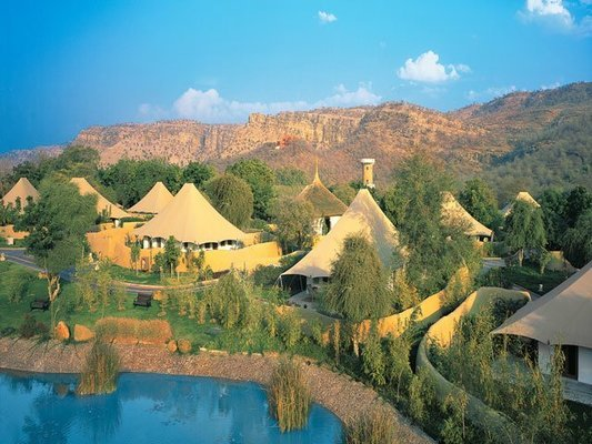 The Oberoi Vanyavilas Wildlife Resort, Ranthambore - Tour