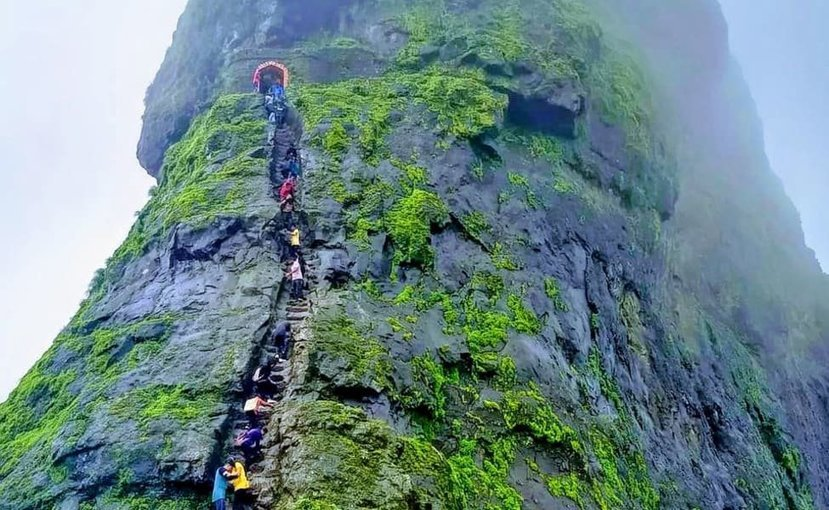 Monsoon trek to Harihar Fort - Tour