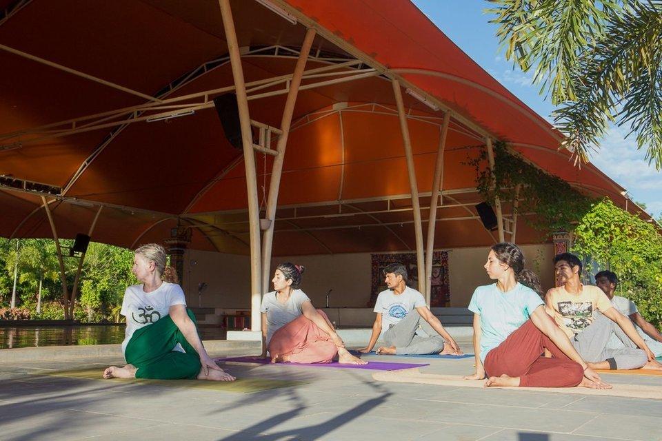 A Special Yoga Teacher Training Program - Tour