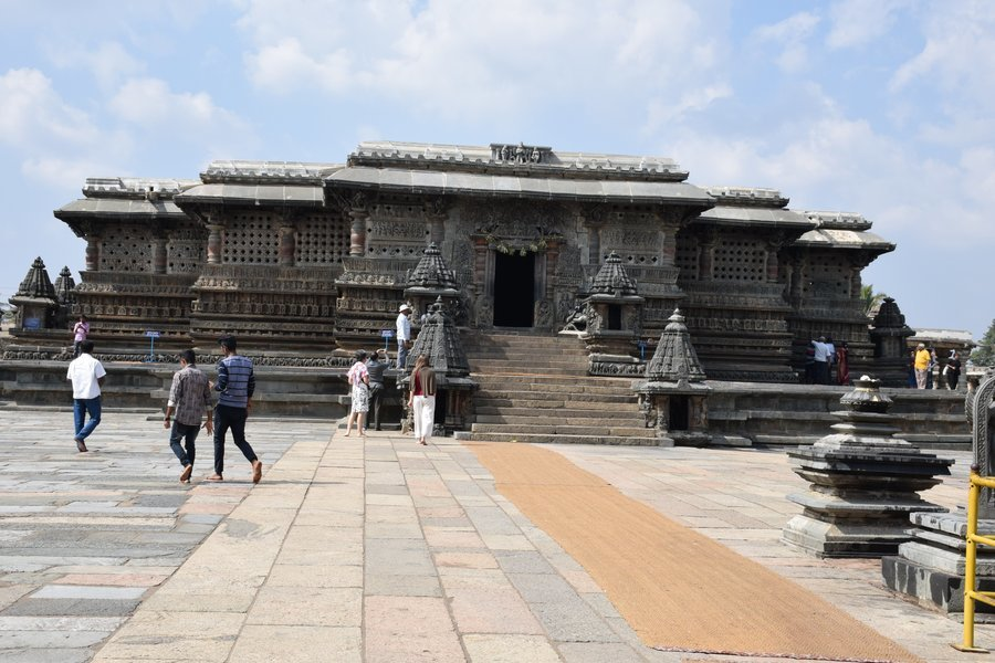 BELUR - A STORY SET IN STONE - Tour
