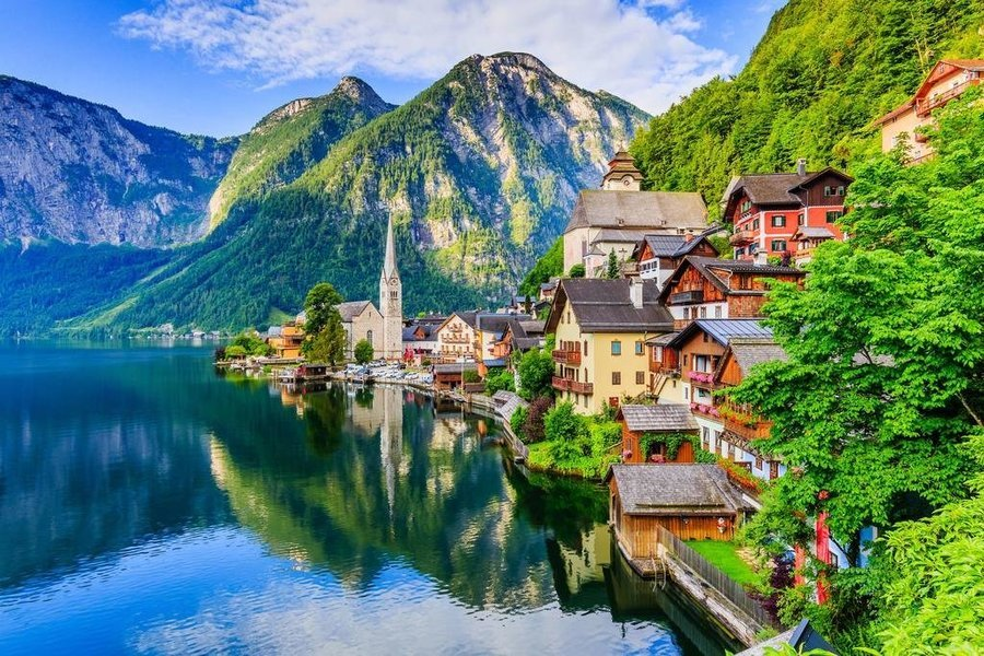 10 Hari East Europe + Hallstatt - Tour