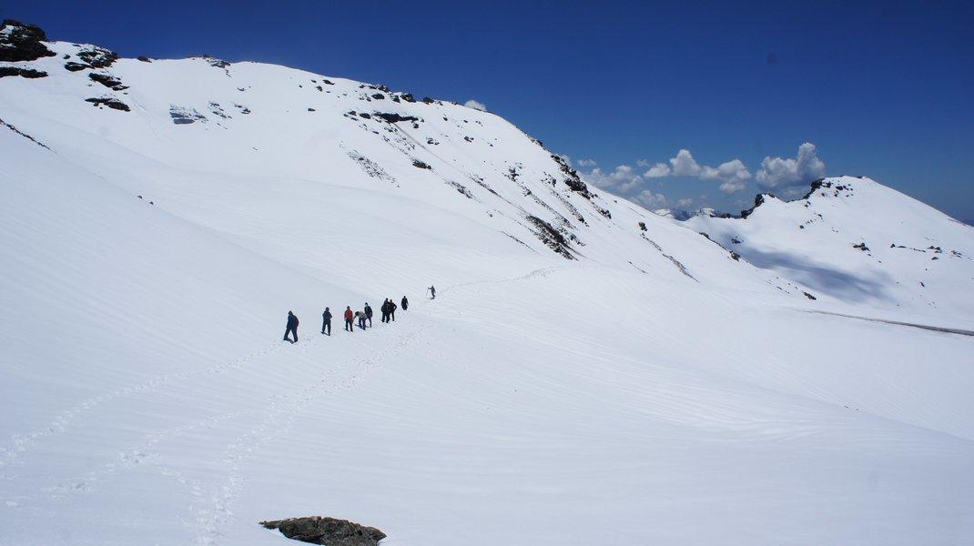 Bhrigu Lake Trek - Tour
