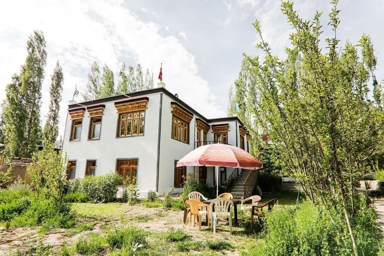 Tsangbu Guesthouse - Tour