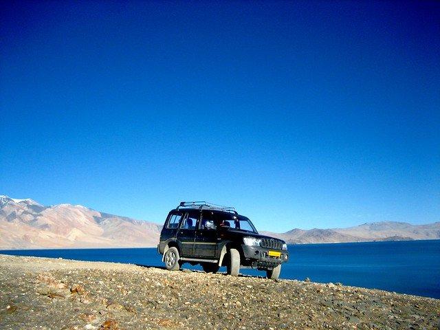 Leh Nubra valley  Pangong Tsomoriri  Leh - Tour