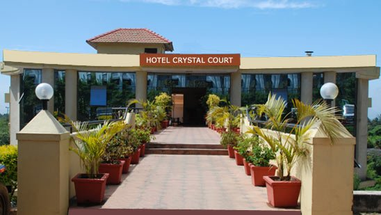 Crystal Court - Tour