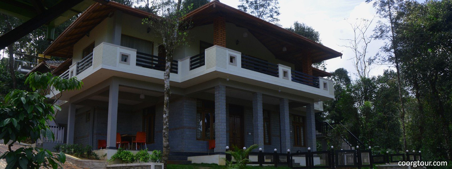 La flora Jungle Hill Resort, Madikeri - Tour