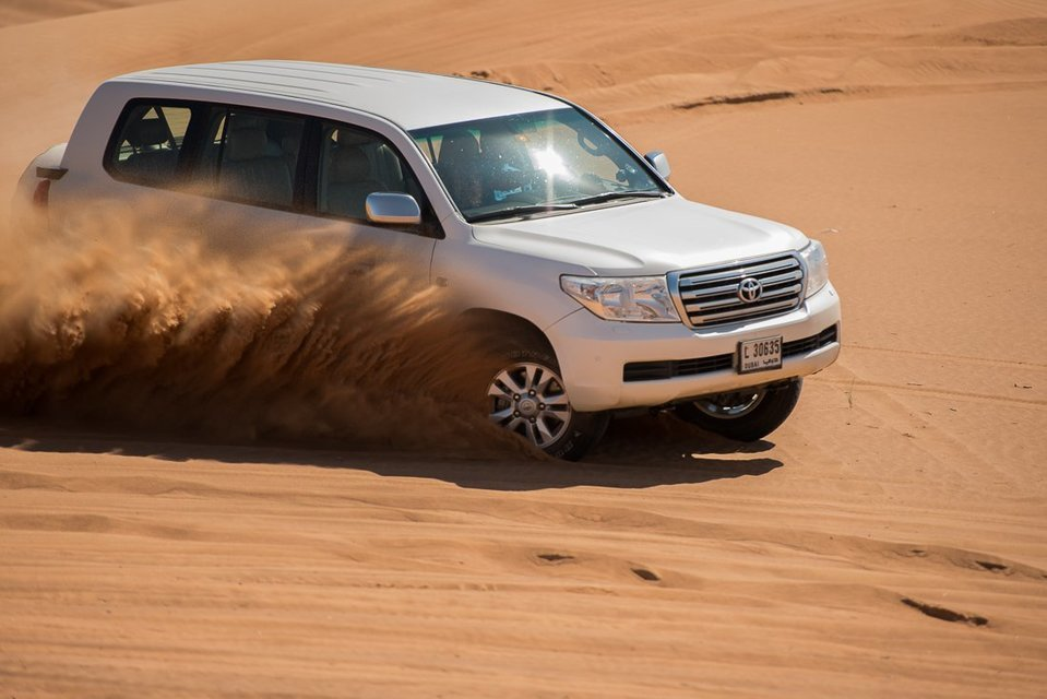 Pemium Red Dunes Desert Safari in Lahbab Desert - Tour