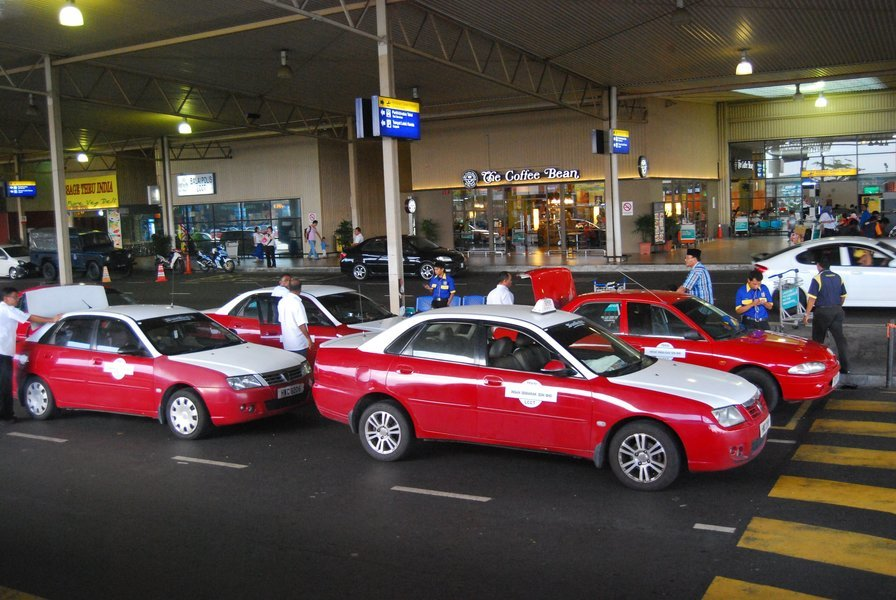 Airport Transfer from KL Airport to Kuala Lumpur Hotel, Private Transfers in Kuala Lumpur - Tour
